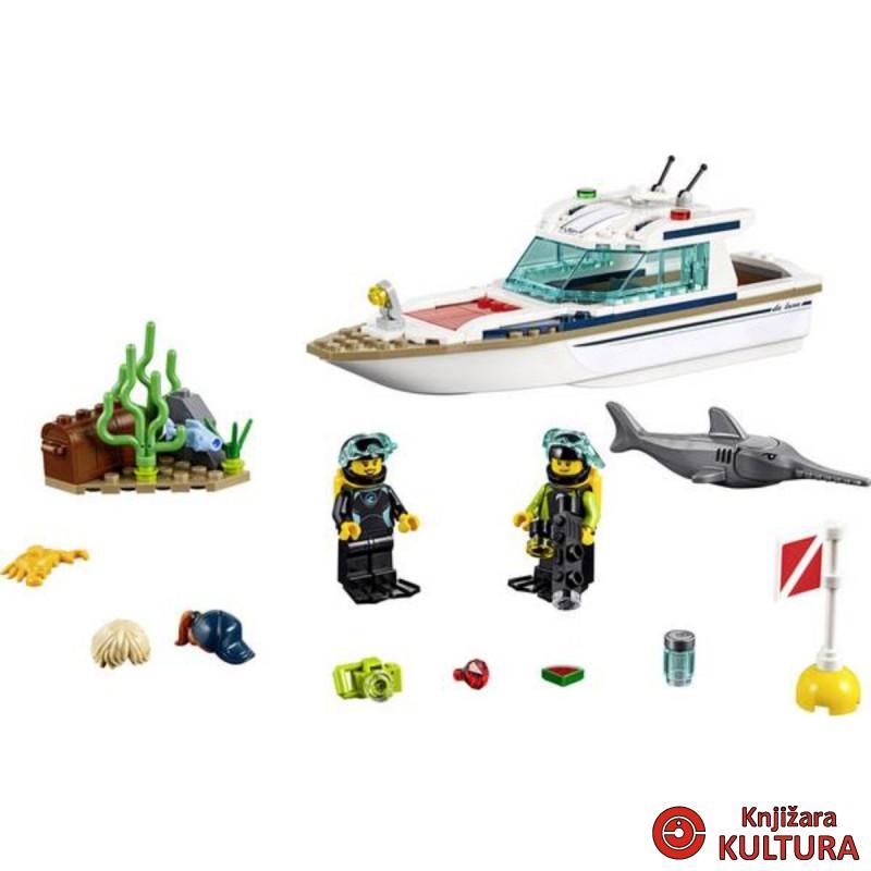 LEGO RONILAČKA JAHTA
